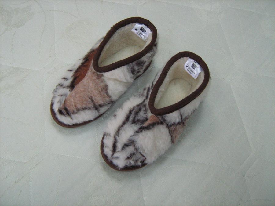 Домашняя обувь из меха