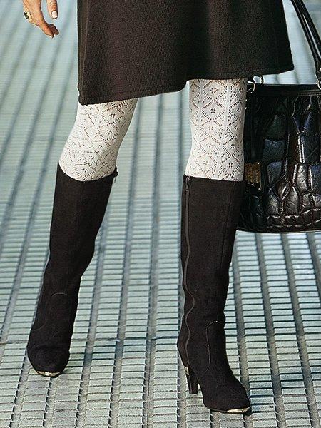 Похожие темы красивые женские ножки в белых колготках и красивые