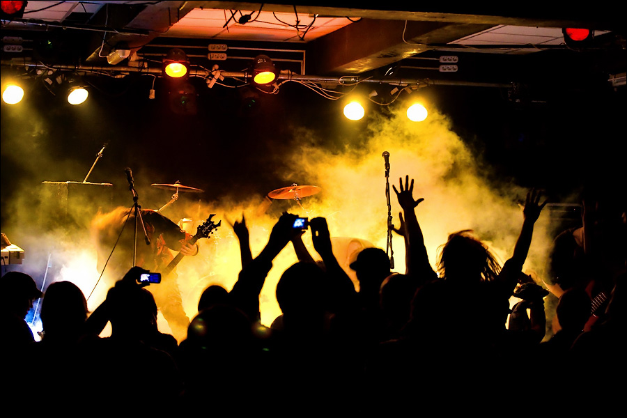 Концерт группы своими руками
