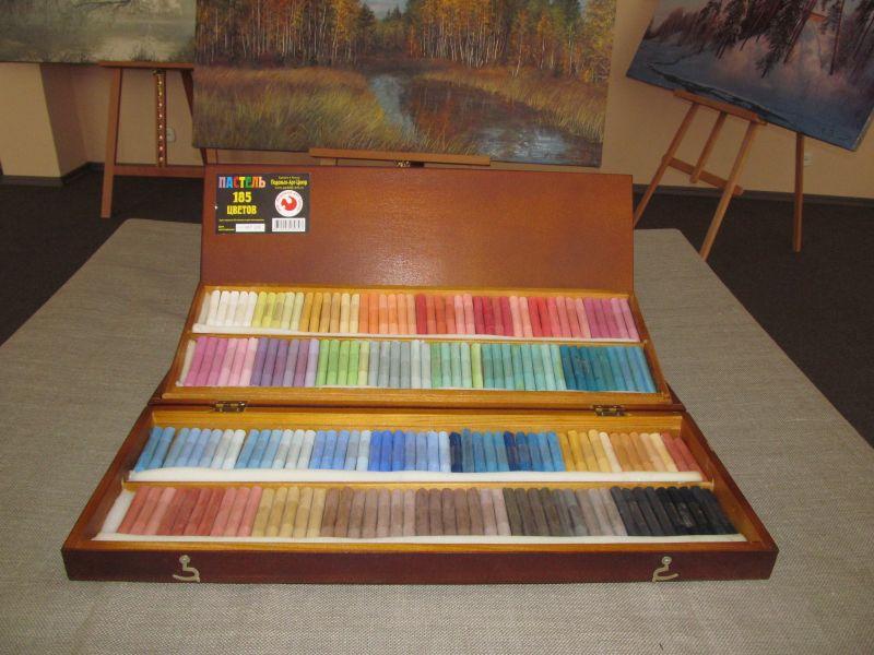 Wishlist.ru большой набор художественной пастели в деревянно.