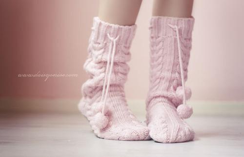 Вязаные носки модные