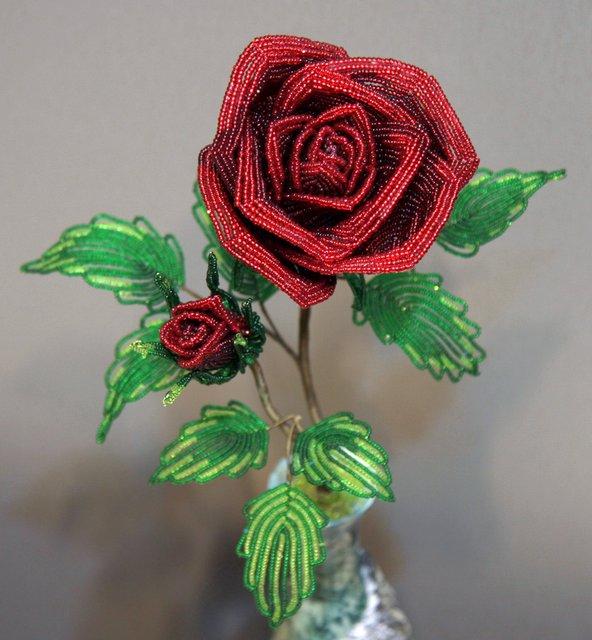 Сделать цветы из бисера