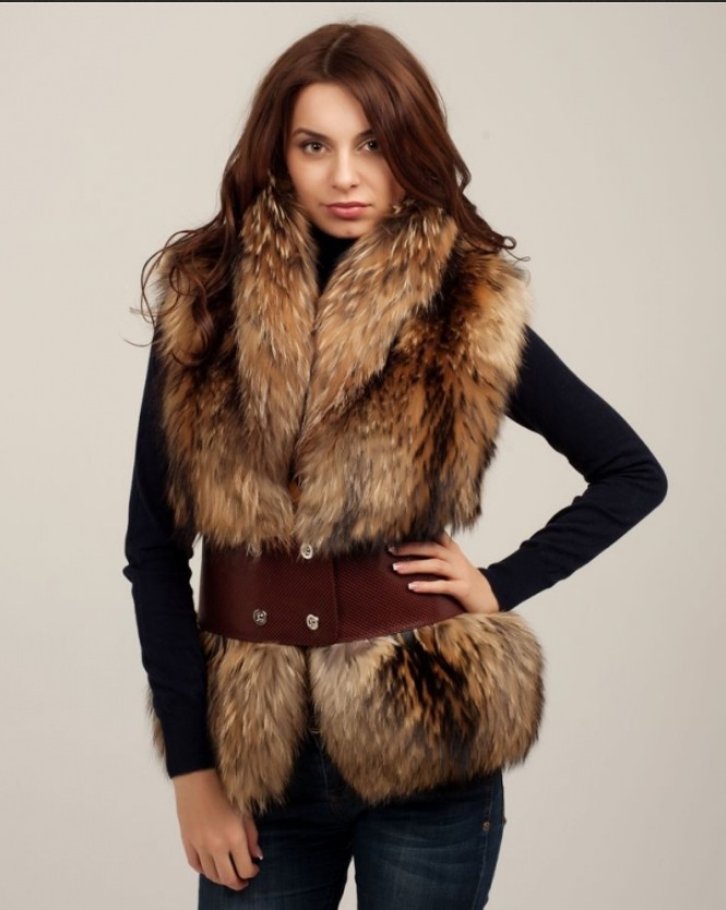 On-line консультант. Артикул. Если вы желаете купить стильный и модный женский меховой жилет