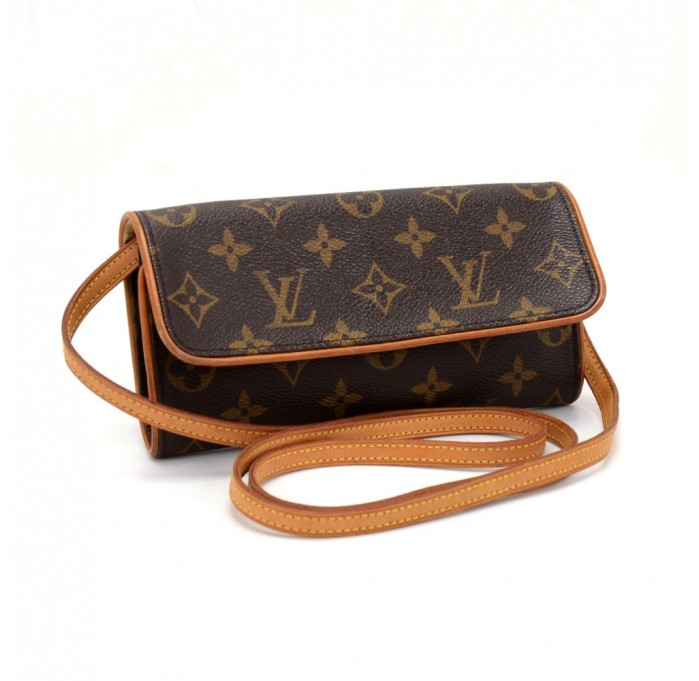 Клатчи LOUIS VUITTON Monogram в интернет-магазине в